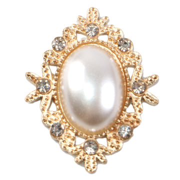 Pearl - 32mm Gold Victorian Metal Button