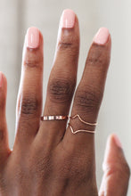 Load image into Gallery viewer, Rose gold stacking ring