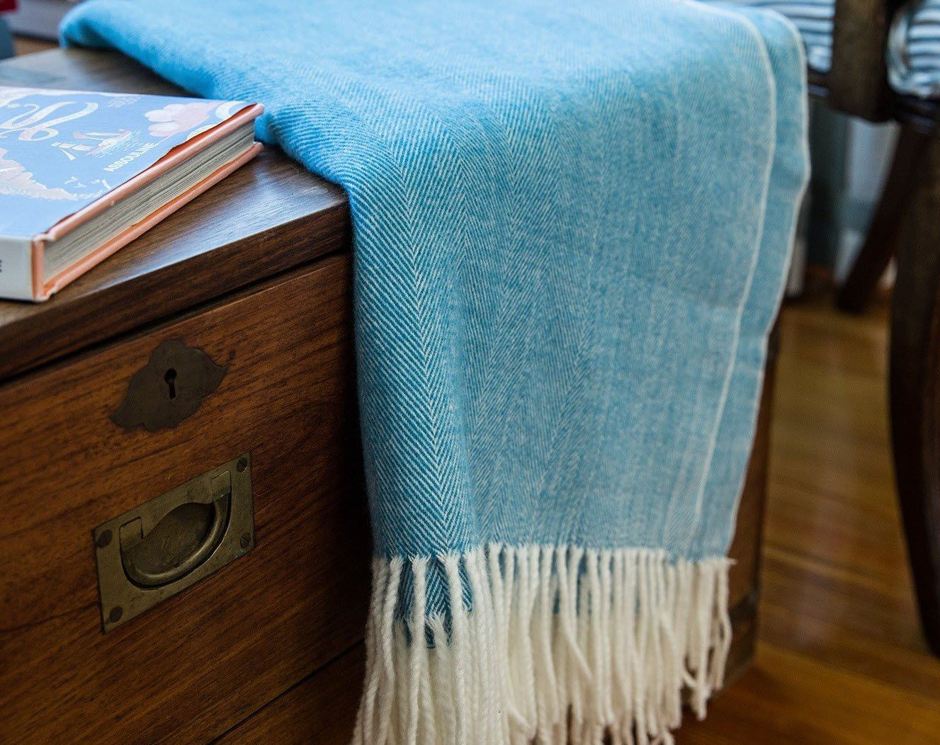 Alashan Adirondack Herringbone Throw