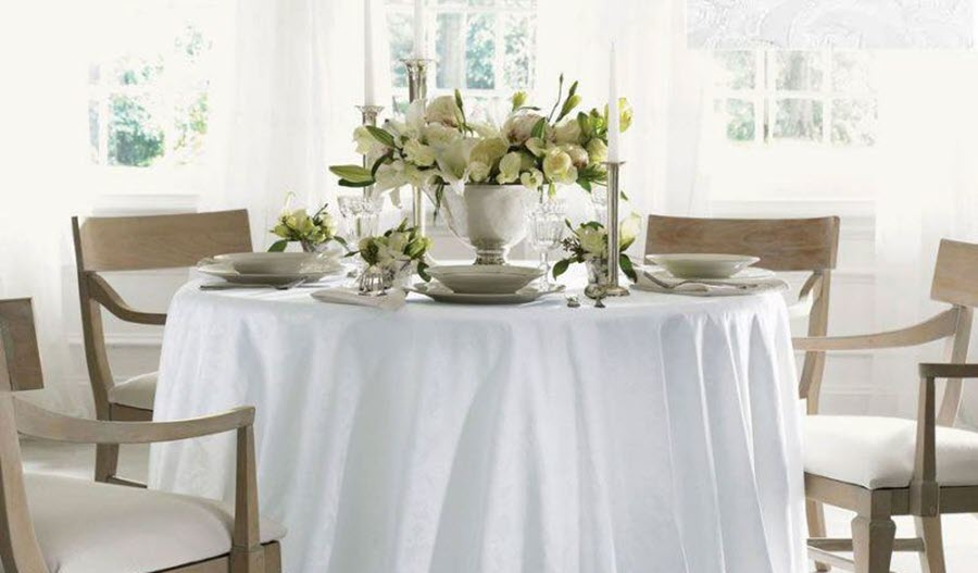 White Acanthus Cartlin Table Linens