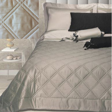 Dea Onice Coverlets and Shams - Light Grey