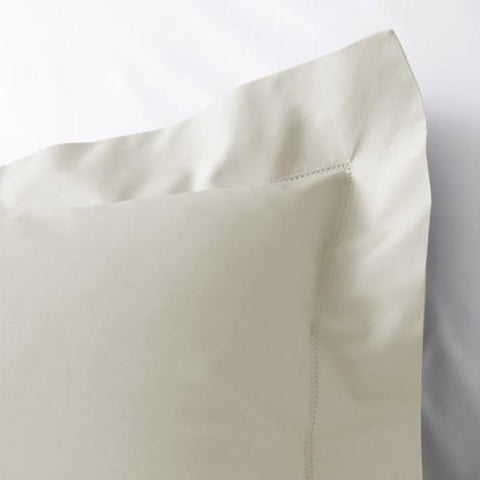 Matouk Luca Hemstitch Bedding Collection - Ivory