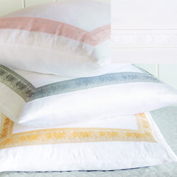 Nancy Koltes Eleanor's Ribbon Bedding - White/White