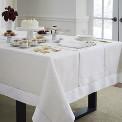 Sferra Reece Table Linens - Gold/White