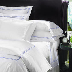 Sferra Grande Hotel Collection - White/Cornflower Blue