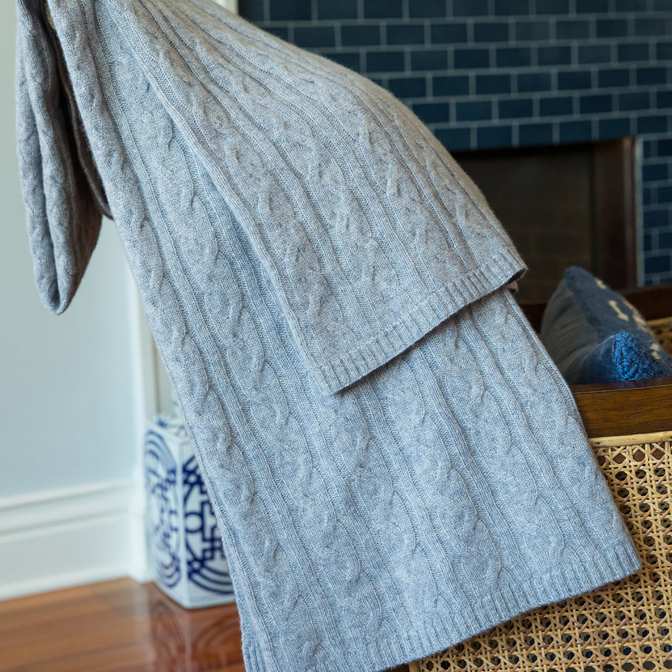 Alashan 100% Cashmere Cable Rope Stitch Knit Throw - Shade