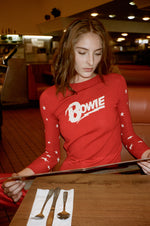 david-bowie-let's-dance-red-sweater-1