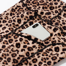Load image into Gallery viewer, Strada™ Leopard Printed Leggings