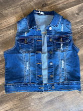 Load image into Gallery viewer, Denim Vest