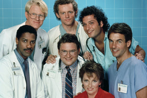 ST. ELSEWHERE DVD COMPLETE SERIES 25 DVD SET