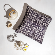 Load image into Gallery viewer, Nyonya Cushion Cover - Black & White