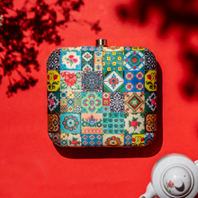 Load image into Gallery viewer, Peranakan Tile Design Box Clutch