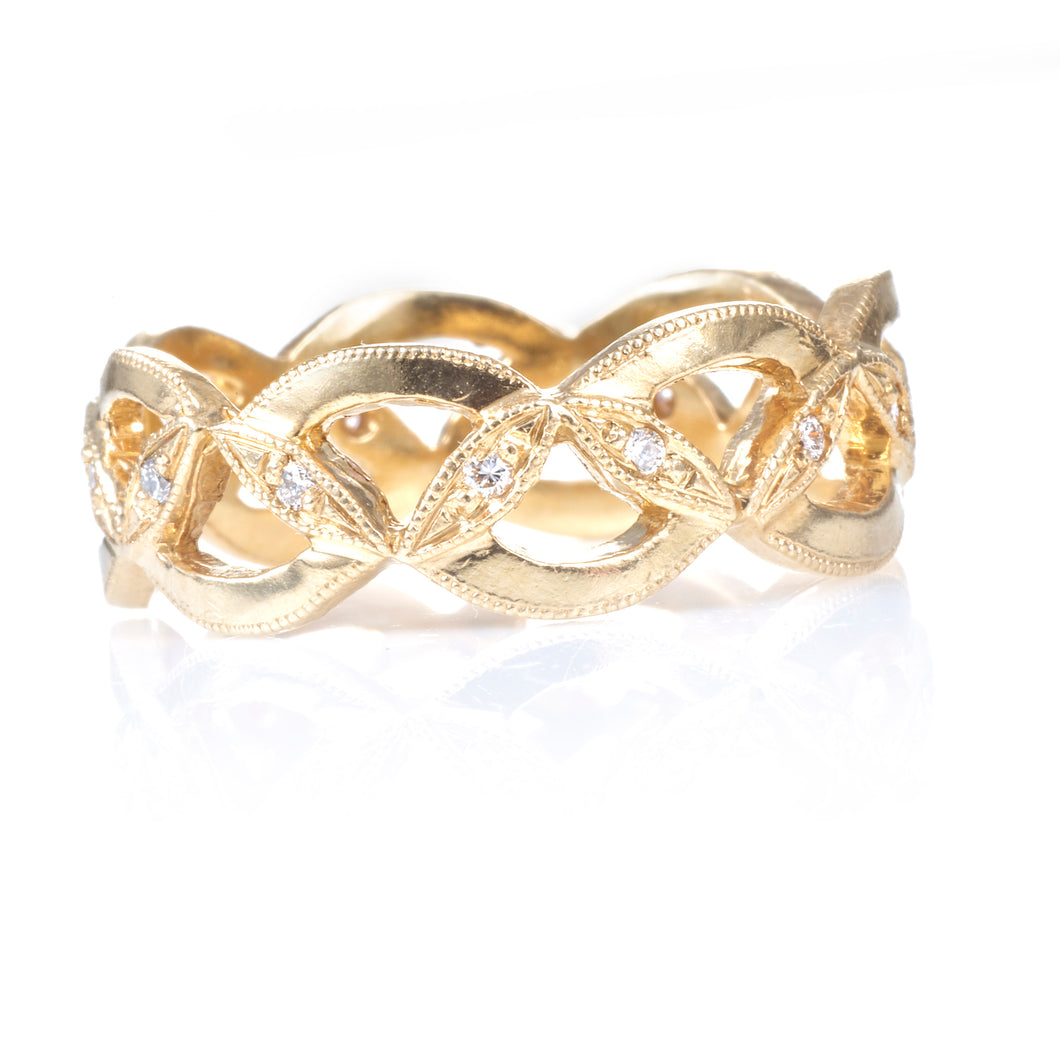 18k Yellow Gold Band with Diamonds