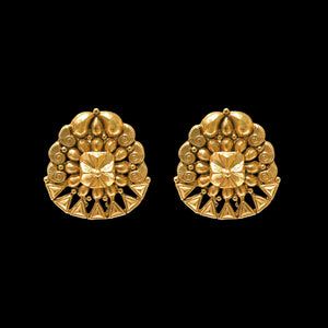 Earring In Yellow Gold.