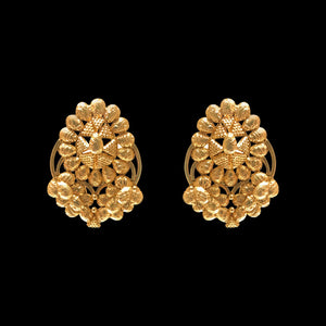Exquisite Earring in yellow gold