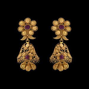 Gold Pair Of Earring With  Ruby