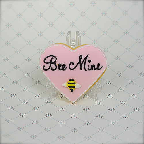 """Bee Mine"" Heart Cookie Favor"