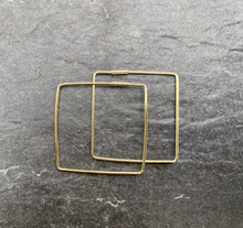 Load image into Gallery viewer, Gold Square Hoop Earrings