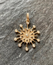 Load image into Gallery viewer, 14kg and White Diamond Mid Century Pendant