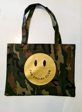 Load image into Gallery viewer, SOLID GOLD SMILEY SHOPPER