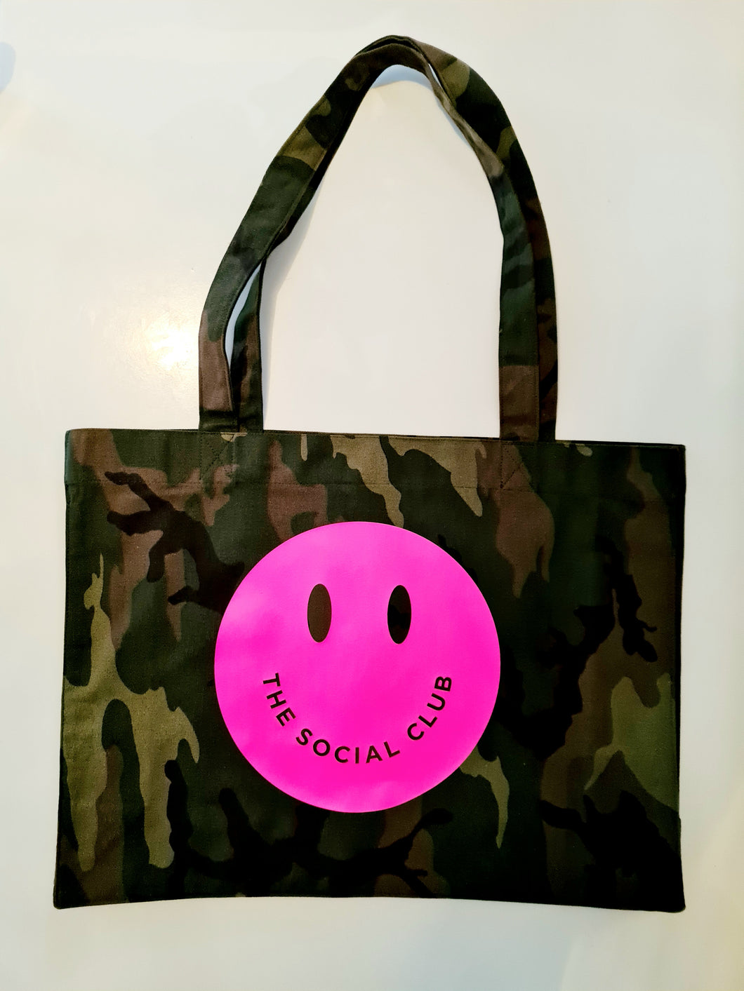 SOLID NEON PINK SMILEY SHOPPER
