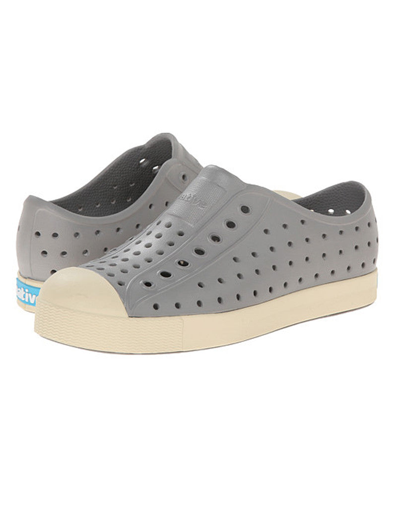 Native Jefferson Pigeon Grey