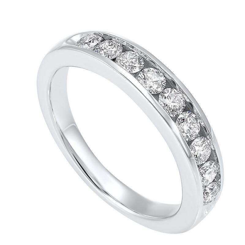 14K White Gold 9 Stone Channel Diamond Band (3/4 ct. tw.)