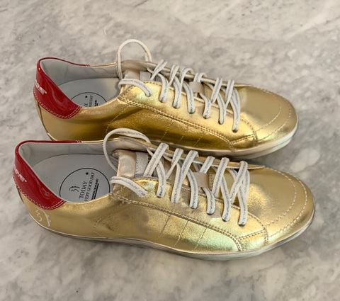 Primabase gold sneakers