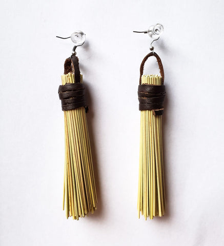 Buhle - Straw and Leather Earrings