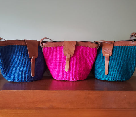 Kiondo - Solid Bold Color Straw Shoulder Bag (Various Colors)
