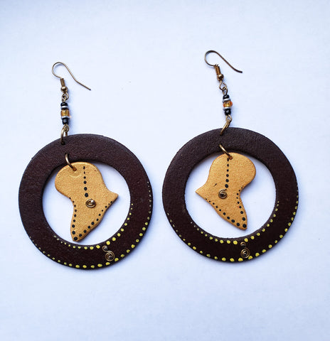 Kudiwa - Wooden Circle Africa Earrings