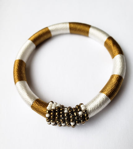 Meru - White/Black and Gold Bead andThread Bracelet