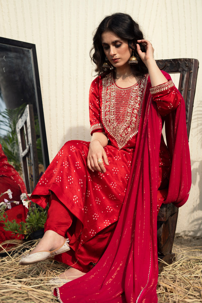 RED BANDHEJ GOTA PATTI SUIT/FALGUNI BANDHEJ GOTA PATTI SUIT