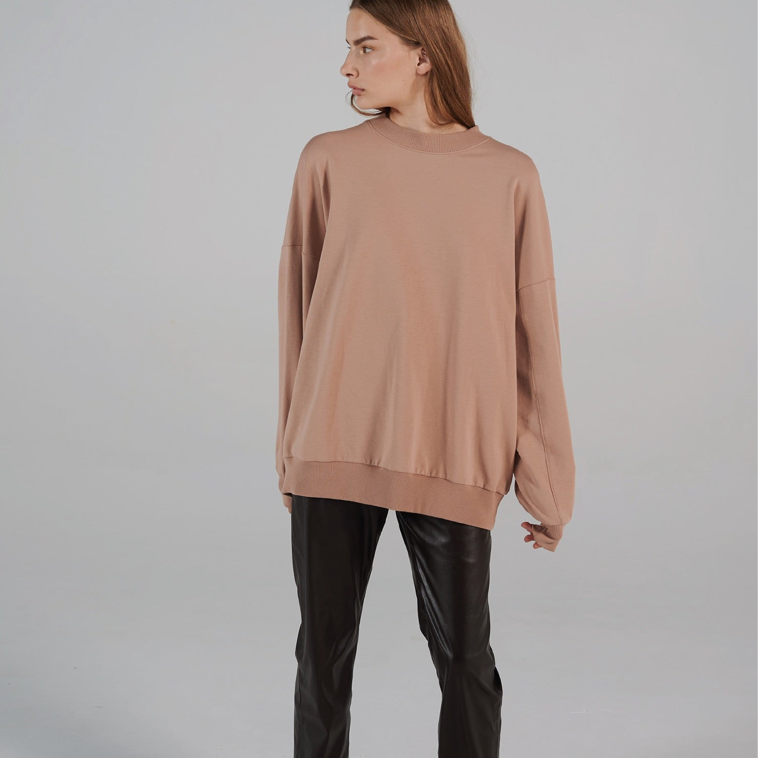 Oversized Sweater Nude | LIFETIME collection