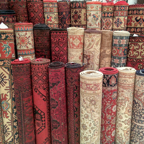 How to Choose a Persian Rug Online, and What Mistakes to Avoid.
