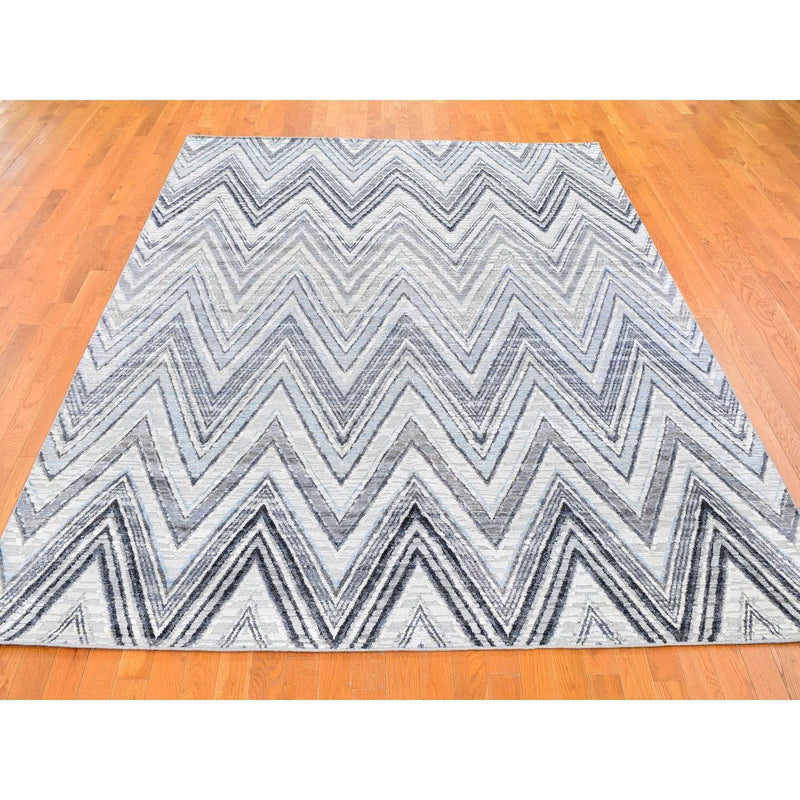 "Shrugs Modern and Contemporary 7'9""x10' Gray-Blue Chevron Design Textured Wool and Pure Silk Hand Knotted Oriental Rug"