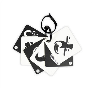 Load image into Gallery viewer, Travel Sensory Flashcard Toy - Black & White 0+ months