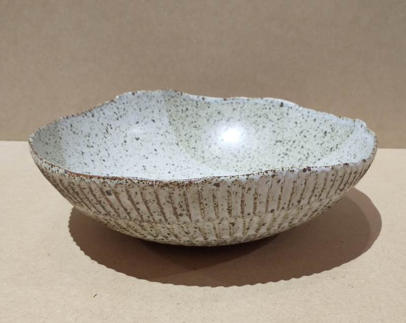 Carved Eggshell Serving Bowl - Speckled White