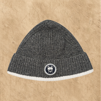 BEANIE HAT WITH BADGE LAMBSWOOL