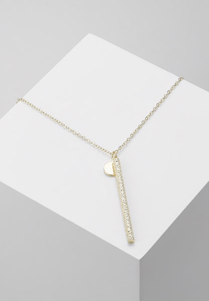 Snö of Sweden Lynx Long Pendant Neck