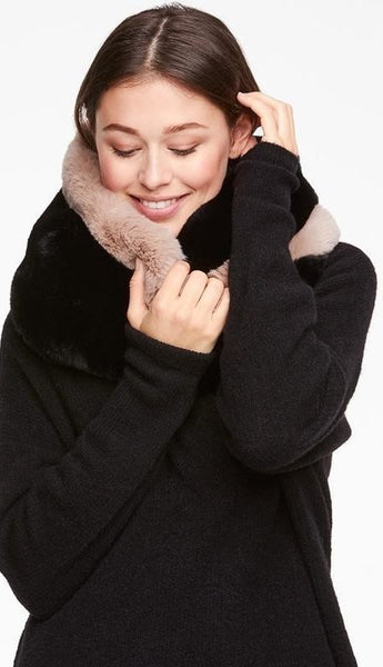 YAYA Fur Snood - Black dessin