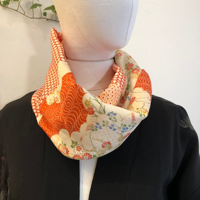 Snood orange elegance