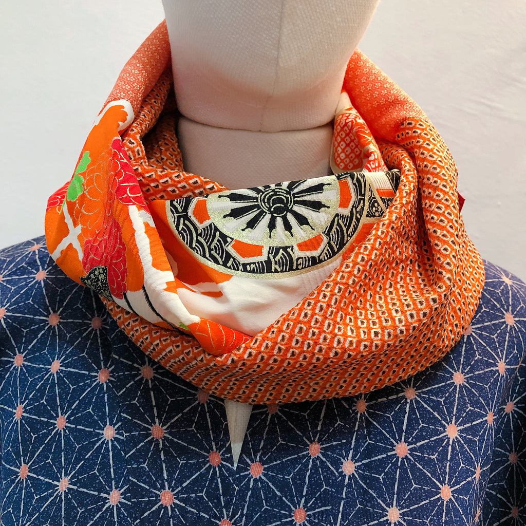 Snood ( Orange Kago )