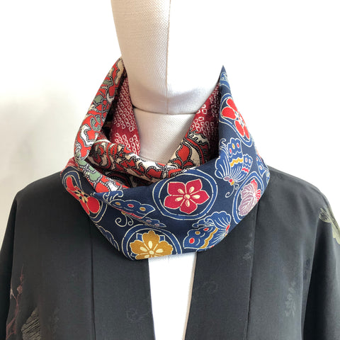 Snood Red flower & butterfly