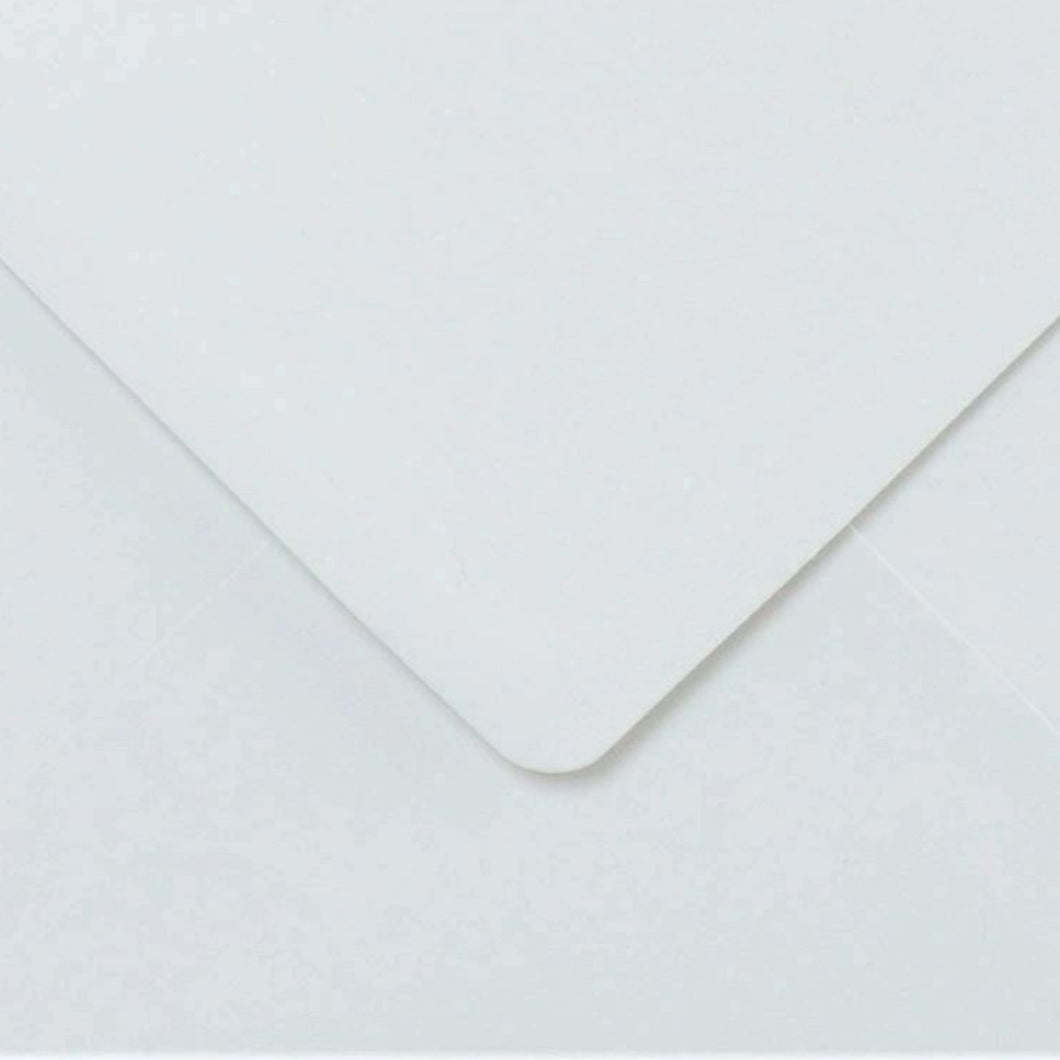 C7 White Envelopes Gummed Diamond Flap 100gsm