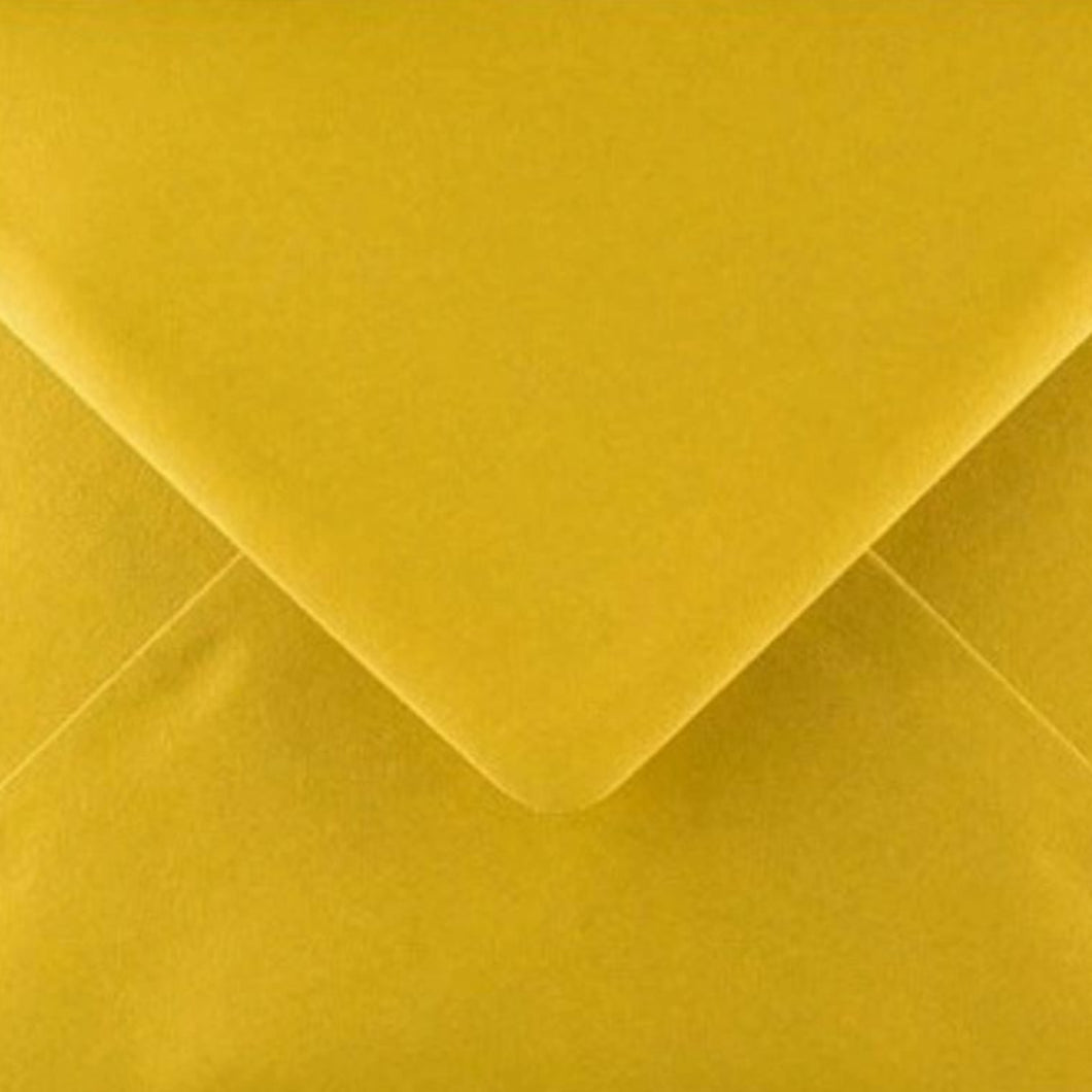 C7 Metallic Gold Envelopes Gummed Diamond Flap 100gsm