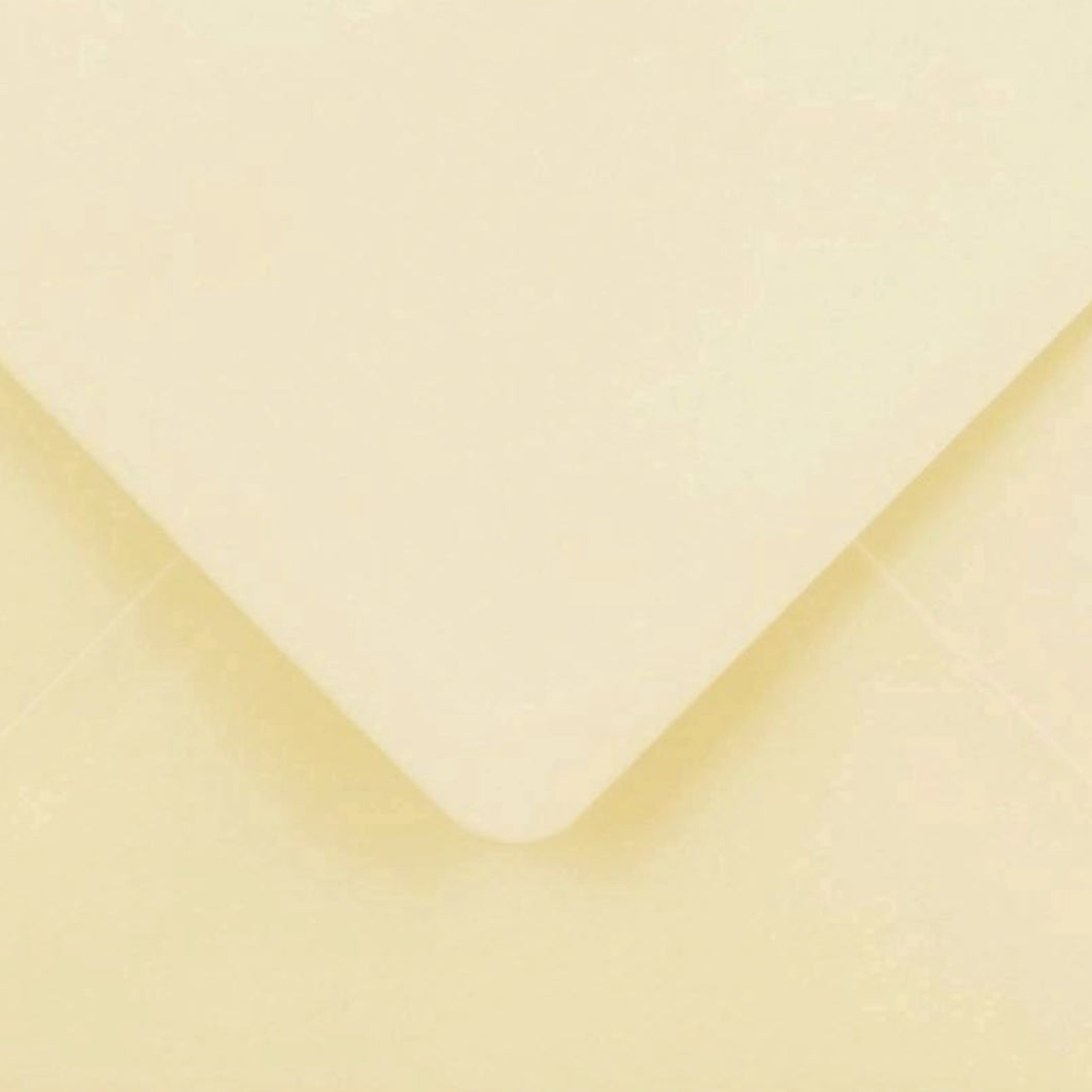 C7 Cream Envelopes Gummed Diamond Flap 100gsm