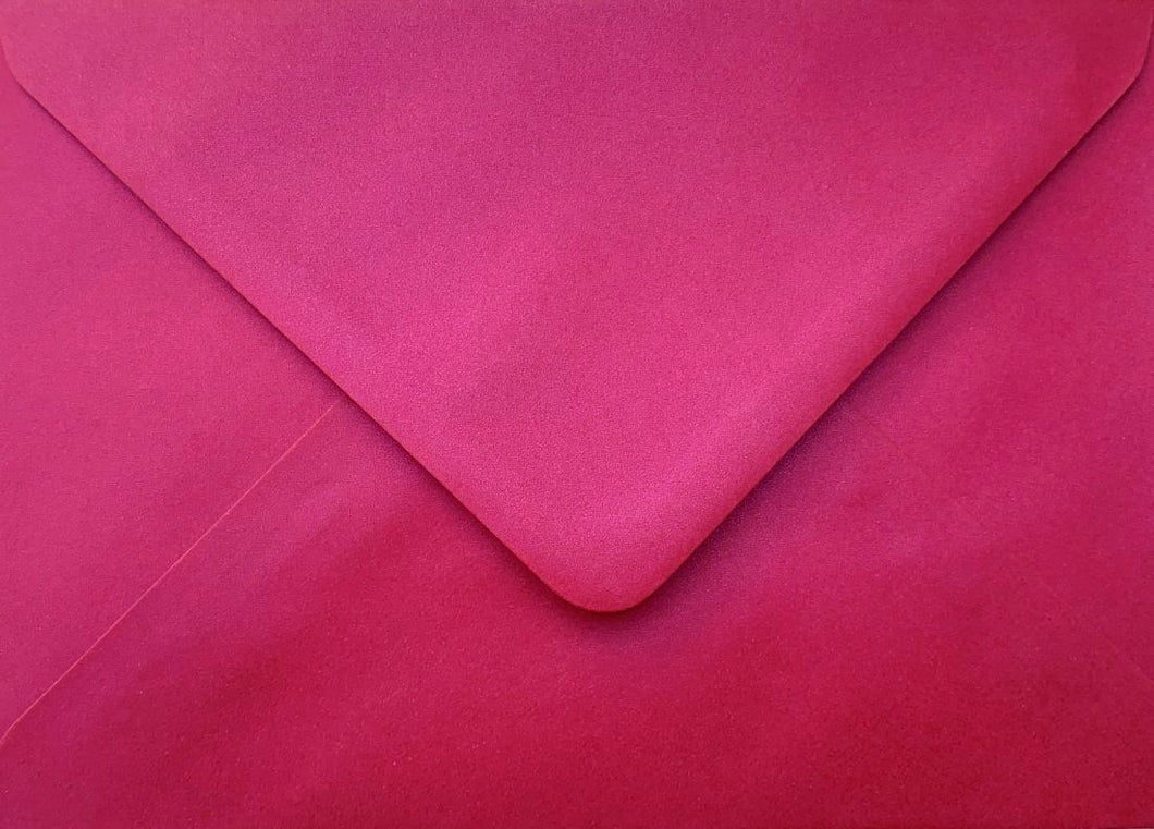 C6 Cherry Red Envelopes Pearlescent Gummed Diamond Flap 100gsm