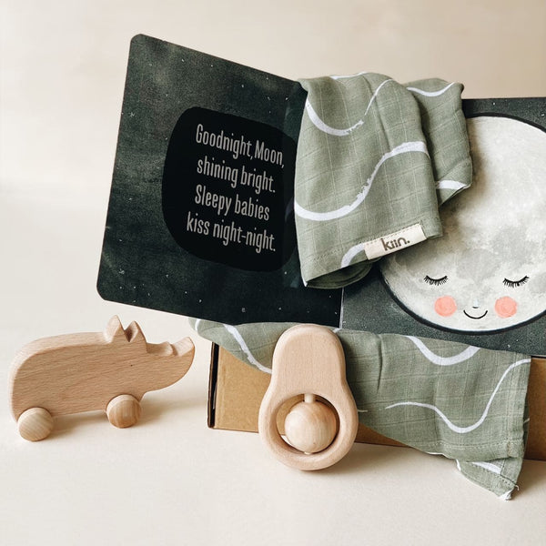 Newborn Gift Set - Hello Baby