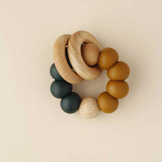 Little Chew Teething Toy - Double Ring Silicone Wood Ring Billa Rust